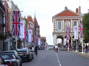 High Street Windsor Commercial Property Lawyer
