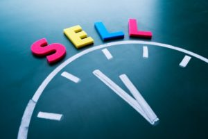 franchise resales selling a franchise time to sell clock